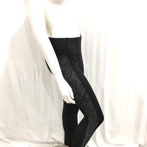 Lululemon Womans Black Polka Dot Leggings